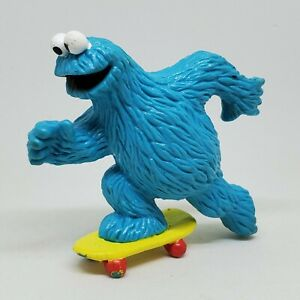 Vintage Sesame Street Cookie Monster Skateboard PVC Figure Applause Skate