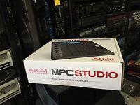 Akai MPC Studio Black / Music Production Controller PADS/Software  NEW //ARMENS