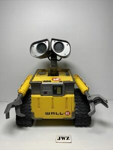 Disney Pixar Thinkway Toys WALL-E WALLE Action Figure LIGHTS UP TALKING