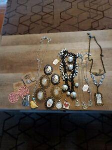 Plunder Jewelry Lot