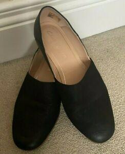 Clarks Cushion Plus Black Leather Nubuck Pure Tone Flat Slip On Shoes UK 4D VGC