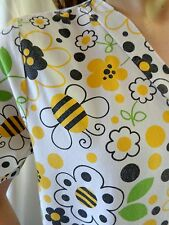 SCRUBWEAR Scrub Top Womens SMALL Bumble Bees Yellow Black Short Sleeve