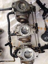 rampe de carburateur   pour  un 60 cv yamaha 2tps carburateur