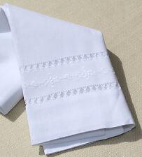 1 X Blanco Toalla de mano-bordado Y hemstitched