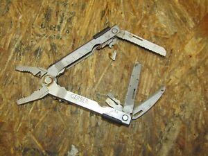 Gerber Multi Tool  ( LOT 3415)