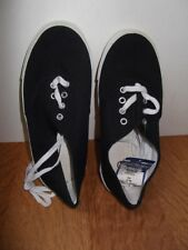 1 X LADIES, UNISEX, TEENS CANVAS, FLATS, PUMPS SIZE 3 BNWT BARGAIN LOW START.