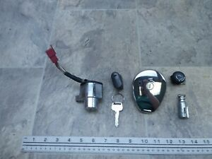 2001 Kawasaki BN125 Eliminator K744. lock set w/key ignition switch gas cap