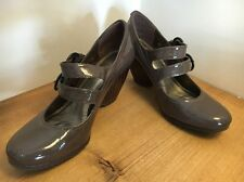 CLARKS PATENT SHOES EYECATCHING STYLING  SIZE UK 4.5 WORN ONCE