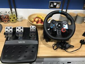 Logitech G29 Force Feedback Racing Steering Wheel & Pedals PC, PS3 PS4 Driving