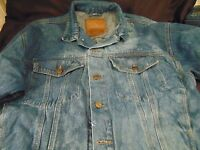 Denim jean jacket MV Sport waist length size Large blue washed snaps 2 pockets