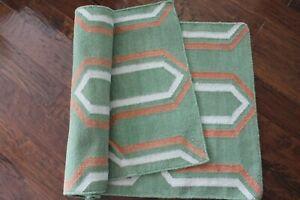 Safavieh Wool Rug Runner 31 x 94 Green Coral Geo Trellis