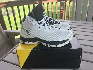 Under Armour Curry 2.5 Basketball Shoes Youth Sz 6Y White Black 1274062-104