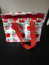 **RED APPLES INSULATED LUNCH BAG**