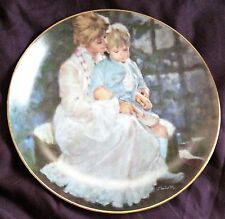 """1984 The Hamilton Collection """"Mother'S Helping Hand"""" Plate"""