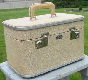 Vtg Royal Chicago Train Cosmetic Case Luggage Suitcase Glitter Hard Shell Rugged