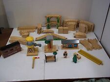 BRIO, Thomas The Tank, WOODEN TRAIN, Wood TRACKs, ACCESSORY LOT WOOD BUILDINGS