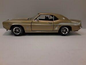 """1:18 """"American Muscle"""" 1969 Camaro 427 """"Yenko Prototype"""""""