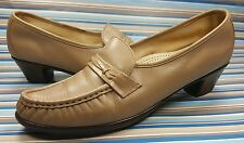 SAS MOCCASINS LOAFERS CASUAL LEATHER WOMENS SHOES 9 NARROW