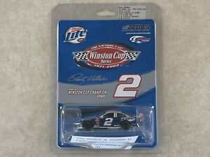 1/64 Rusty Wallace Victory Lap Cup Champion 2003 Dodge Intrepid Miller Lite Car
