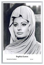 Sophia Loren (C) Swiftsure Postcard year 2000 modern print 20/41 glamour photo