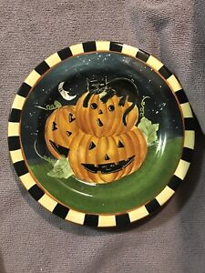 Oneida Haunted Hollow salad dessert plate