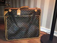 Louis Vuitton Monogram Canvas Portable Bandouliere Garment Bag.  5 hanger