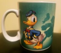 Disney Donald Duck Shadows Goofy Coffee Cup Mug Green High Five Vintage