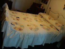 Antique Hand Appliqued Dresden Plate Feedsack Quilt Top With Attached Bedskirt