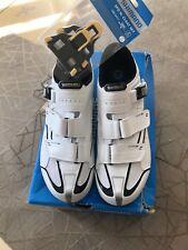 Chaussure de vélo SHIMANO - R088W pointure 46 Blanc Neuf Jamais Portées