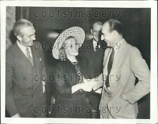 1939 Radio Singer Jessica Dragonette NBC President Lenox Lohr Press Photo