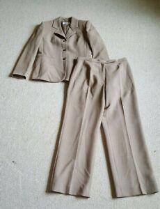 Womens Pant Suit-LE SUIT-light brown stretch lined long sleeve-8P