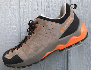 Scarpa Vitamin Trail Hiking Taupe Suede Shoes  Size US Womens 10 Mens 9   EU 42