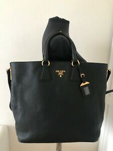 Authentic Prada Vitello Daino Zip Tote Large Black leather shoulder bag