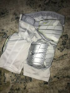 Nike Pro Combat Short Compression hyperstrong Boys Small