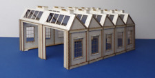 LCUT Creative B 00-29 Engline Shed Double Track North Light Style Square Windows