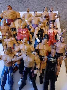 16 Wrestling Figures. Used  Wwe Wcw.