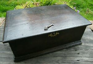 A  ANTIQUE CAMPHOR WOOD LOCKING WITH KEY 18th CENTURY CHURCH BIBLE BOX CHEST