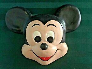 Mickey Mouse Painted Ceramic Wall Hanging Head 10 x 9