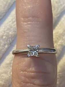 14K White Gold Natural Diamond Solitaire Engagement Wedding Ring Authentic