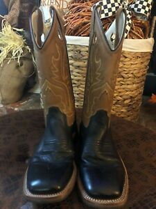 Old West Black and Brown Cowboy Boots - kids size 4.