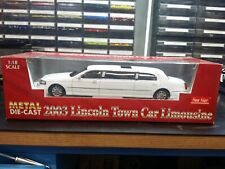 2003 LINCOLN TOWN CAR LIMO LIMOUSINE VIBRANT WHITE 1/18 DIECAST BY SUNSTAR 4201