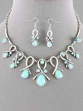 Turquoise Lucite Bead Silver Tone Fashion Necklace Earrings Set Bib Statement