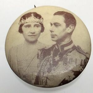 King George and Queen Elizabeth Royalty Pin Back Button Black and White B212