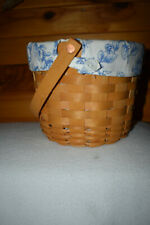 LONGABERGE BASKET 2006  BERRY PICKING BASKET w HANDLE BLUE WHITE LINER PLASTIC L