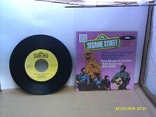 Old Children's 45 RPM Record - Sesame Street CTW 99015 - Pete Seeger & Bro. Kirk