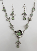 Pretty Green Crystal Necklace and Earring Set - Floral Design - BNIB