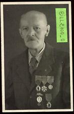 photo d'un médaillé . médailles militaires + nom . 1947