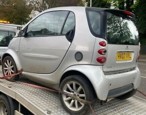 smart car fortwo 2007 breaking all parts Wheel Nut