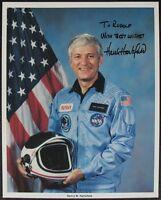s1296) Space Shuttle Astronaut Hank Hartsfield NASA Photo Autogramm Autograph