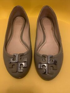 Tory Burch Minnie Travel Womens Camel Brown Slip On Ballet Flats Shoes Size 8.5